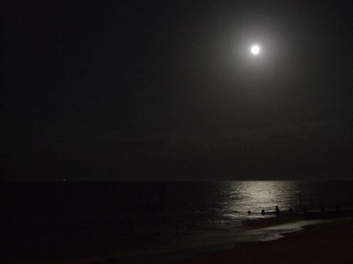 moon sea groyne beach